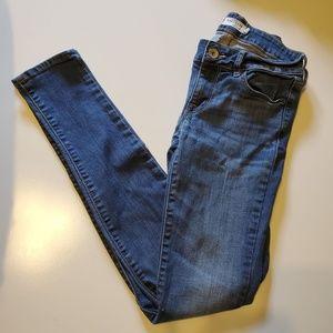 EUC Bullhead Black Skinny Jeans